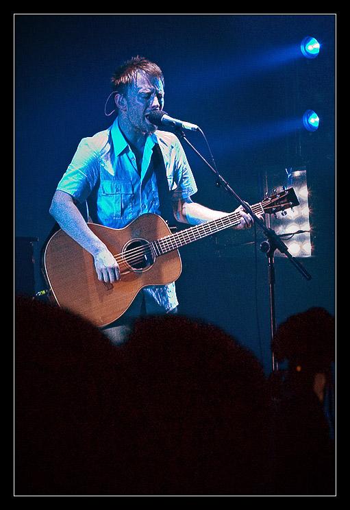 Radiohead #2 - Thom and Guitar